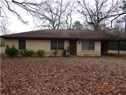 1674 Cowart, Huntington TX 75949
