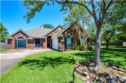 130 mcvoy drive, league city, TX 77573