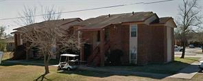 1820 Red River Ave