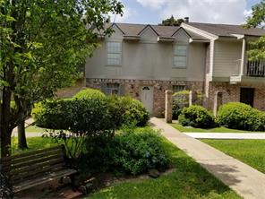 7888 kendalia drive, houston, TX 77036