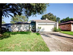 16319 mill point drive, houston, TX 77059