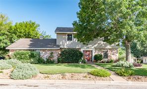 2006 carriage ln, brenham, TX 77833