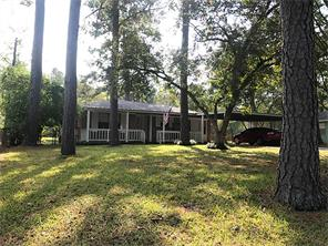 432 young st, livingston, TX 77351