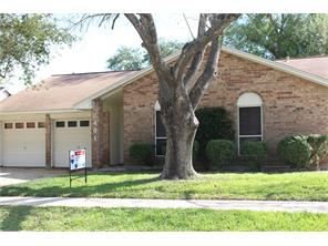2401 Anthony Lane, Pearland, TX 77581