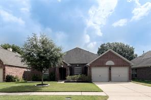 1023 wentworth drive, pearland, TX 77584